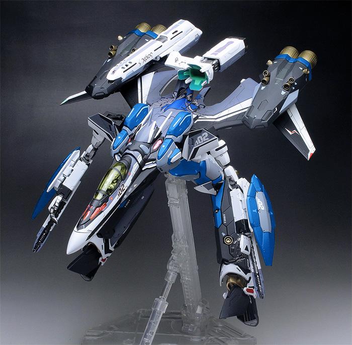 31F-blue_11.jpg.7f8b5c949be8e9ec00beb7a27930d255.jpg