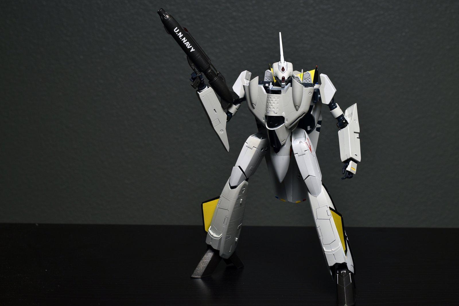VF-0B Battroid.jpg