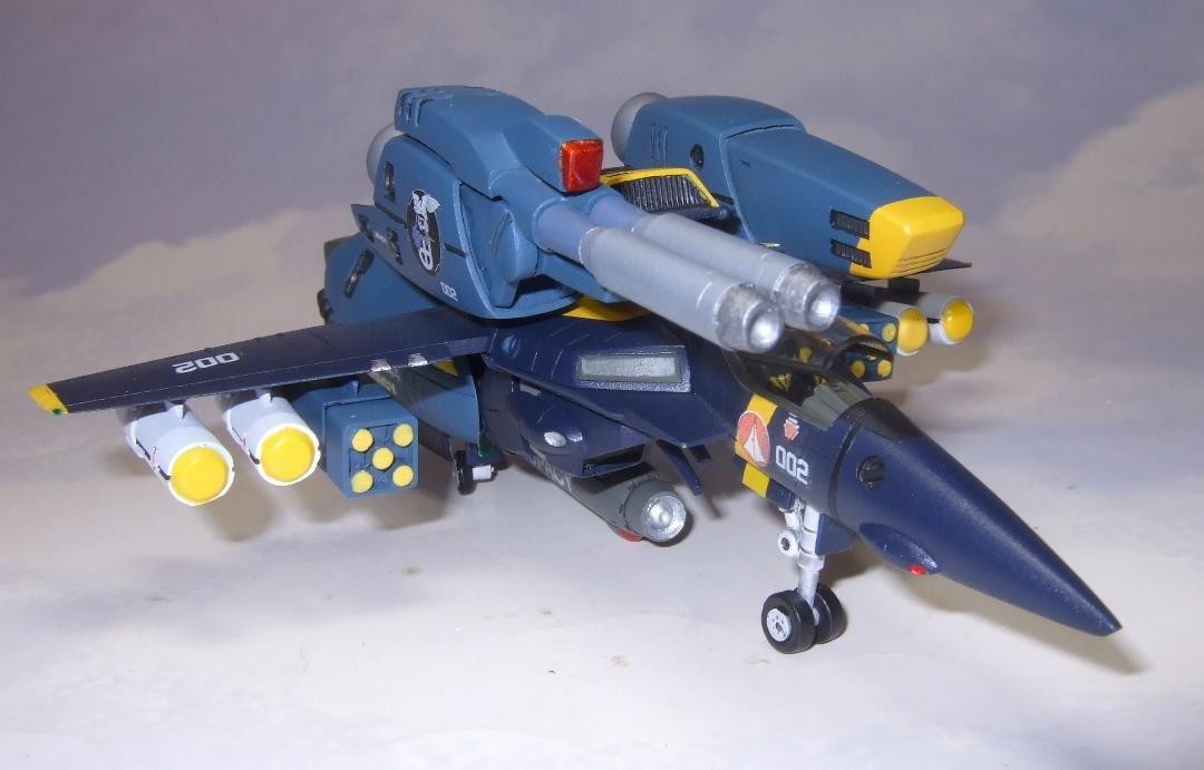 Yellow Submarine 1-100 VF-1S Strike Completed (8).jpg
