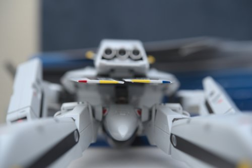 1246730492_uneven-wings-bandaied-dx-vf1roy.thumb.jpg.9b04e49ca673908b0f9c1a79b63cef16.jpg