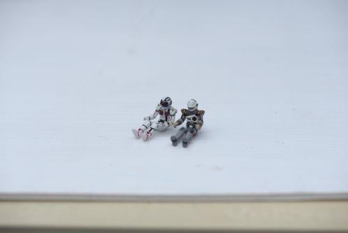 ac-vf4-pilotfigs-2.thumb.jpg.0050199e6b6736d54b8e754b2308c558.jpg