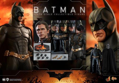 Hot-Toys-Batman-Begins-Batman-2022-Release-024.jpg