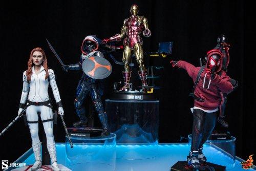 Marvel-Hot-Toys-Marvel-Sixth-Scale-Figures.jpeg