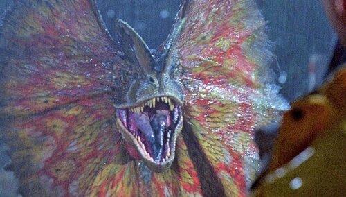 dilophosaurus-jurassic-park.thumb.jpg.08fb22bbfe524d7c6ce224658ed3f4e5.jpg