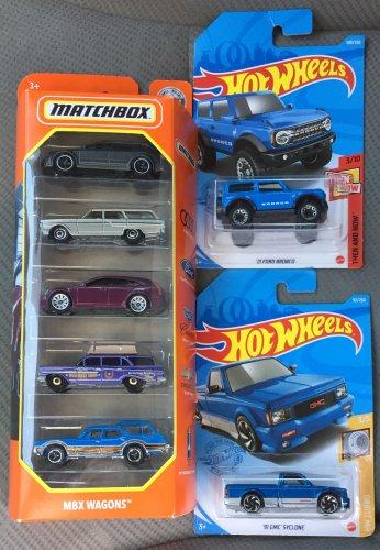 hotwheelsmatchbox5621.thumb.JPG.ed2b5b201c9177afd886e4e648cc740f.JPG
