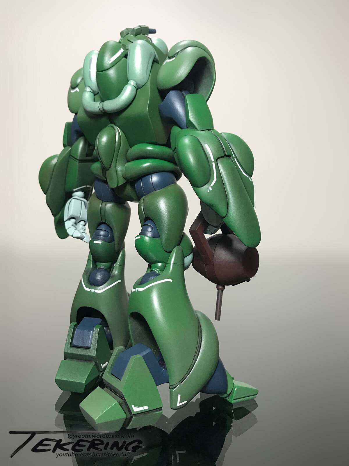 Bioroid-Subcommander-Green-back.jpg.1e5f85ec38a4582fa8e5b4ca6475fb50.jpg
